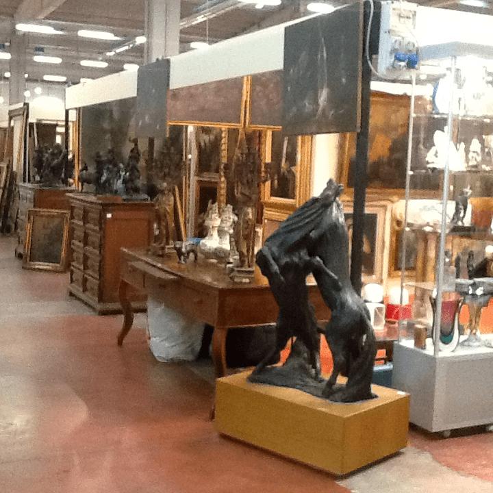 Acquisto mobili antichi da privati il castello antichita 39 for Compro mobili milano